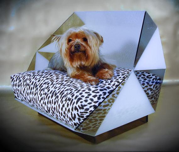 Cama para perros de diseño geométrico