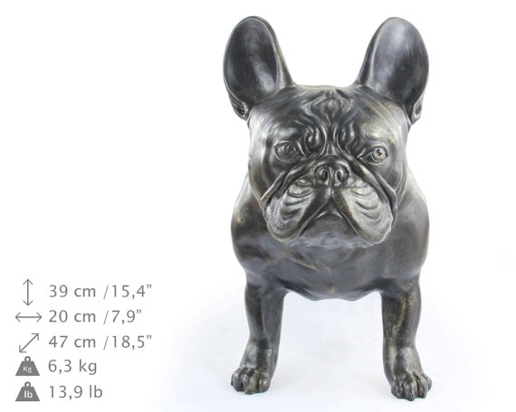 Escultura de Bulldog Francés a tamaño natural